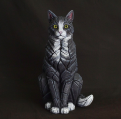 Edge Sculpture / Matt Buckley - Sitting Cat